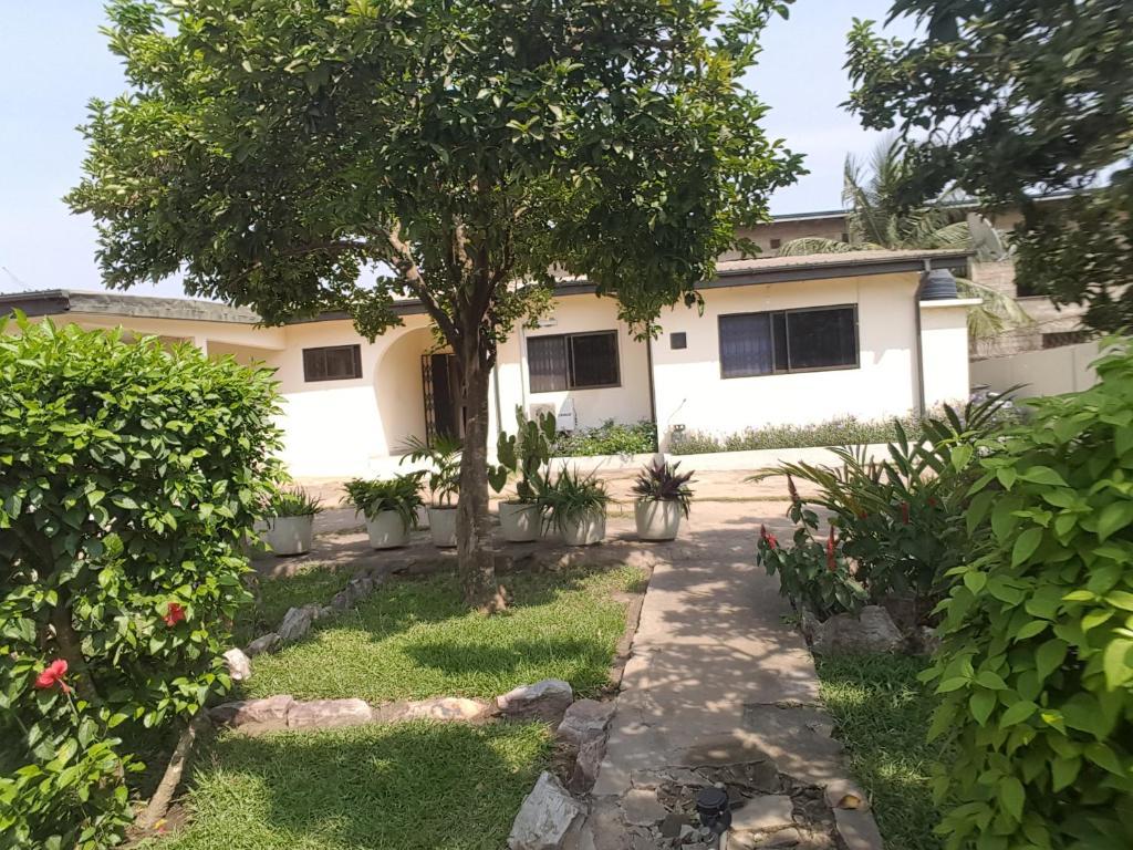 Chris Lodge Apartment Accra