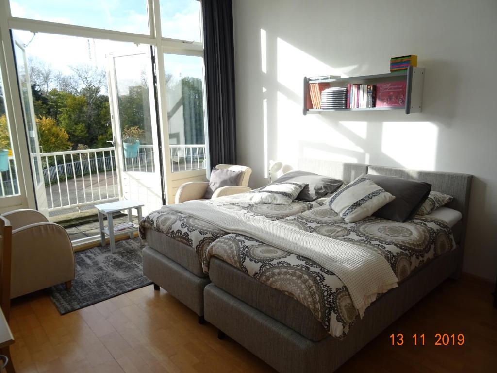Bedden Den Haag.Bed Breakfast Houtrust Accommodaties Bij Particulieren