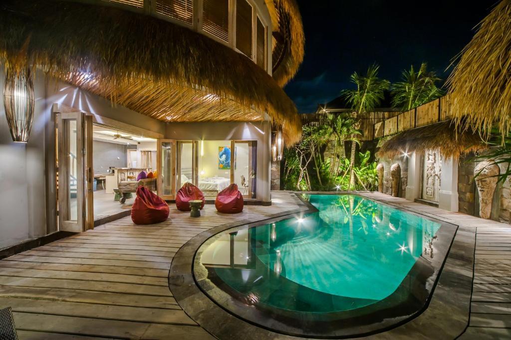 Luxury Villas Merci Resort Seminyak 3 Bedrooms 2 Villa In Kuta Bali Indonesia