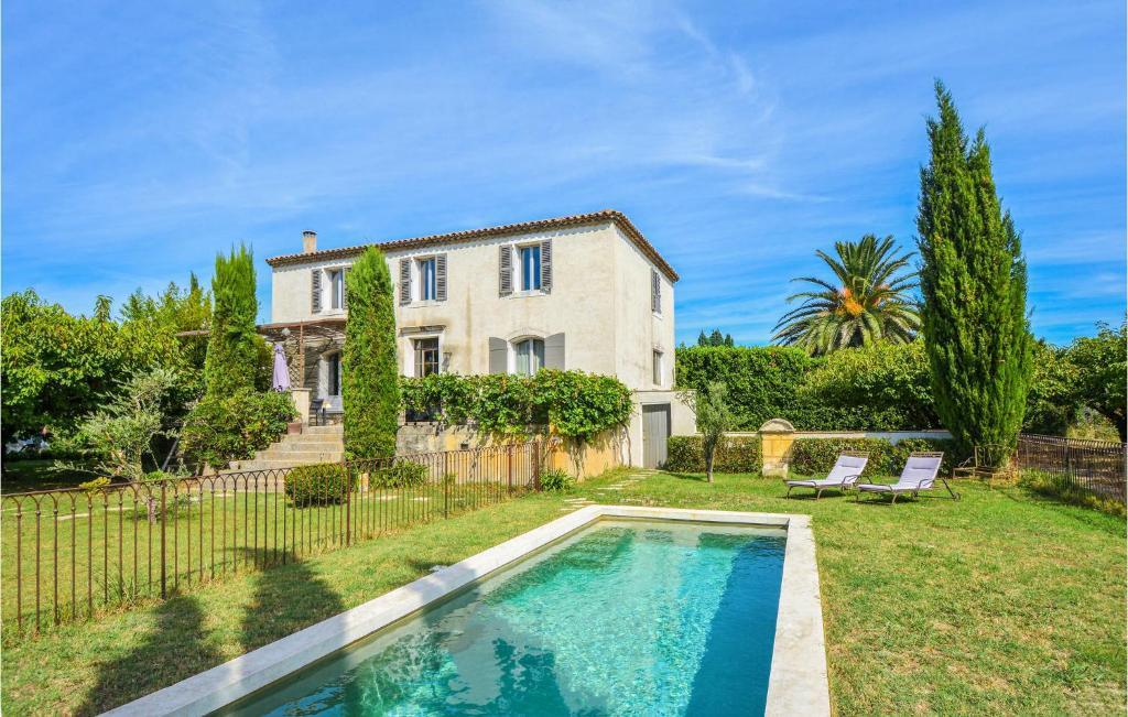 Nice Maison In Valabregues Avec Piscine Exterieure Et 3 Chambres