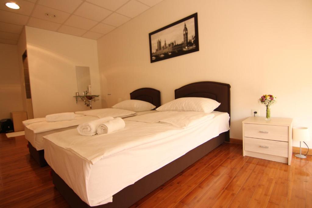 Rooms Xxl Bed Breakfast Zagreb