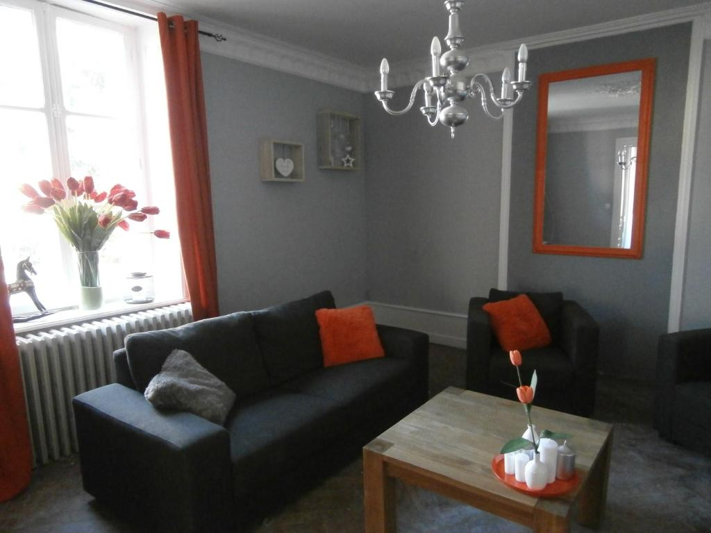 Chambres d\'hôtes La Tulipe Orange, Bed & Breakfasts Granges sur Vologne