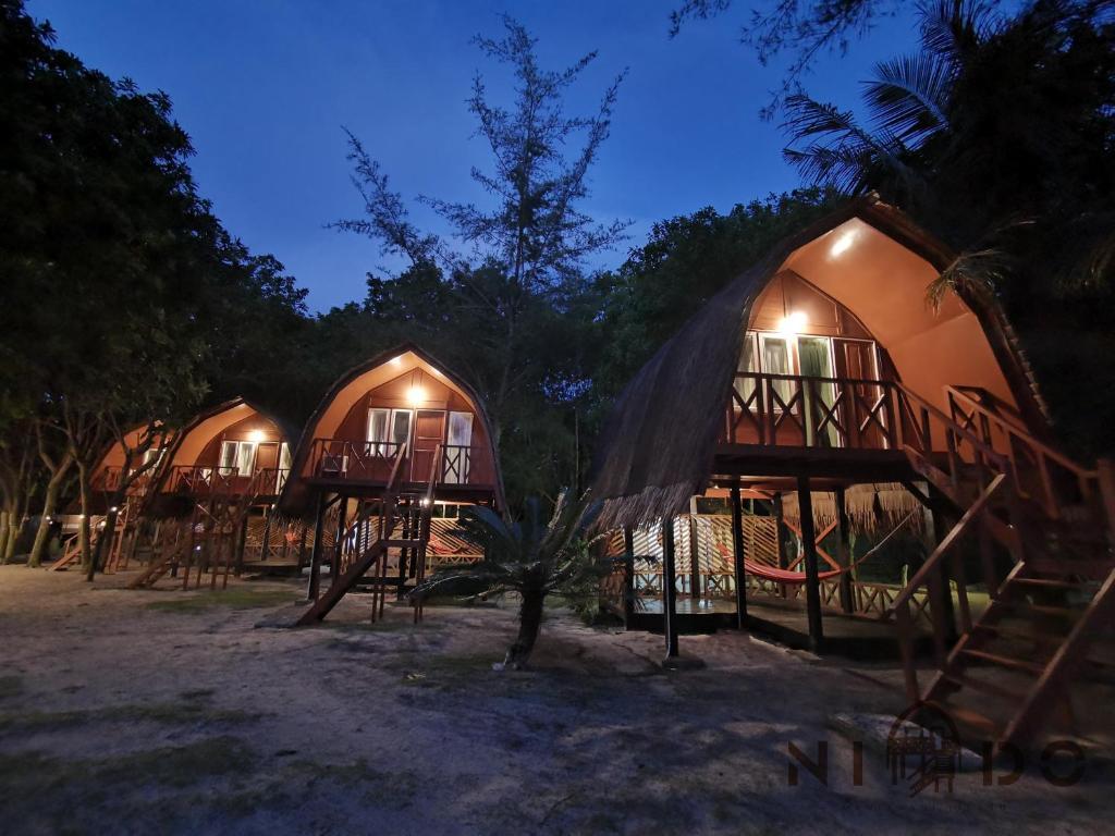 Nido Mantanani Island Lodge, Holiday residences Mantanani Island