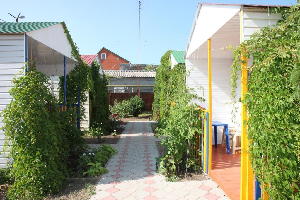 дружба россия краснодарский край темрюкский район станица голубицкая набережная улица