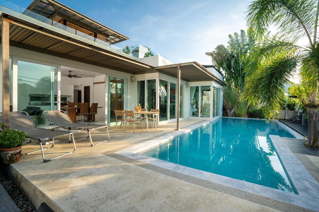 Tropical Swimming Pool Villa With Private Rooftop Villa Kamala Beach