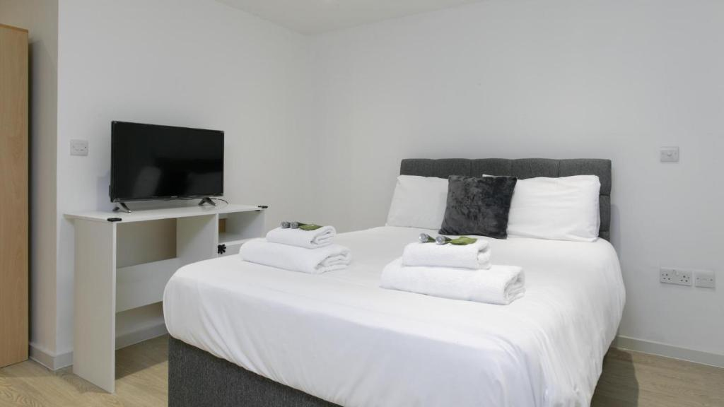 1 Bedroom Studio Apartment In Leicester City Center Apartment Leicester