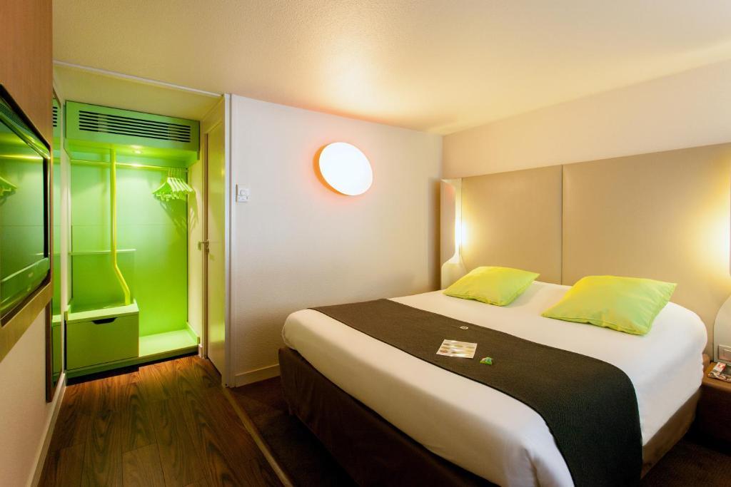 campanile tours sud jou les tours jou l s tours book your hotel with viamichelin. Black Bedroom Furniture Sets. Home Design Ideas