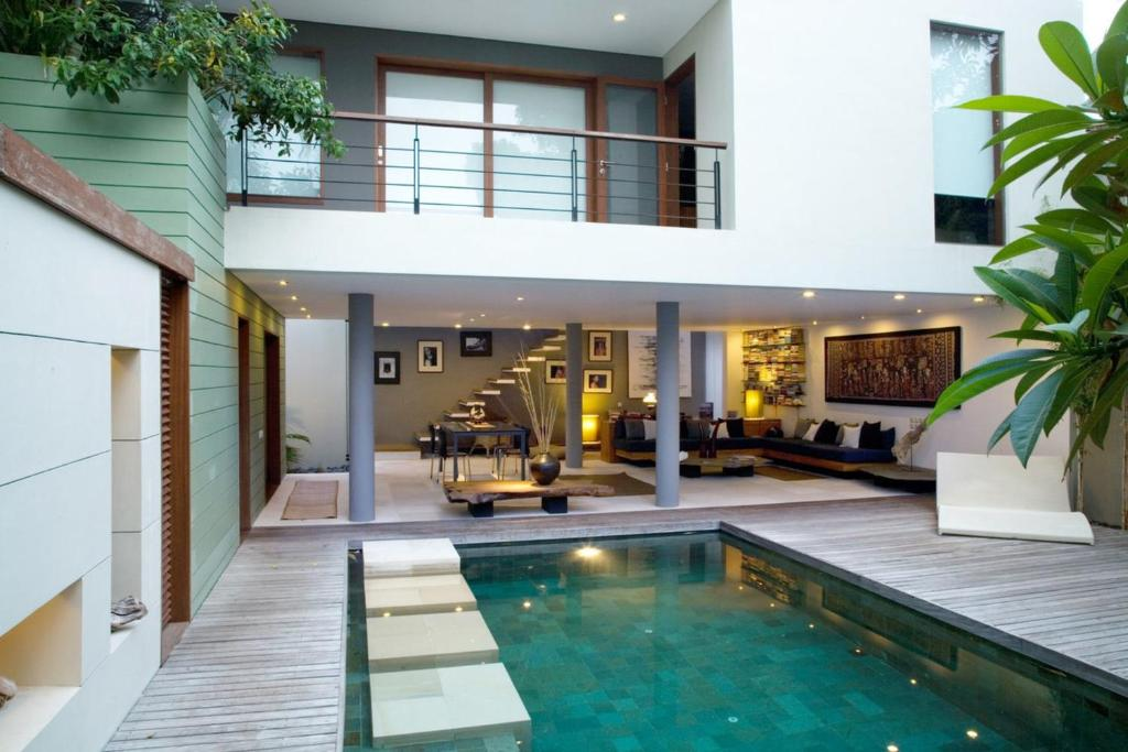 Luxury 2 Bedroom Villa With Private Swimming Pool Bali Villa 1148 Villa Kuta
