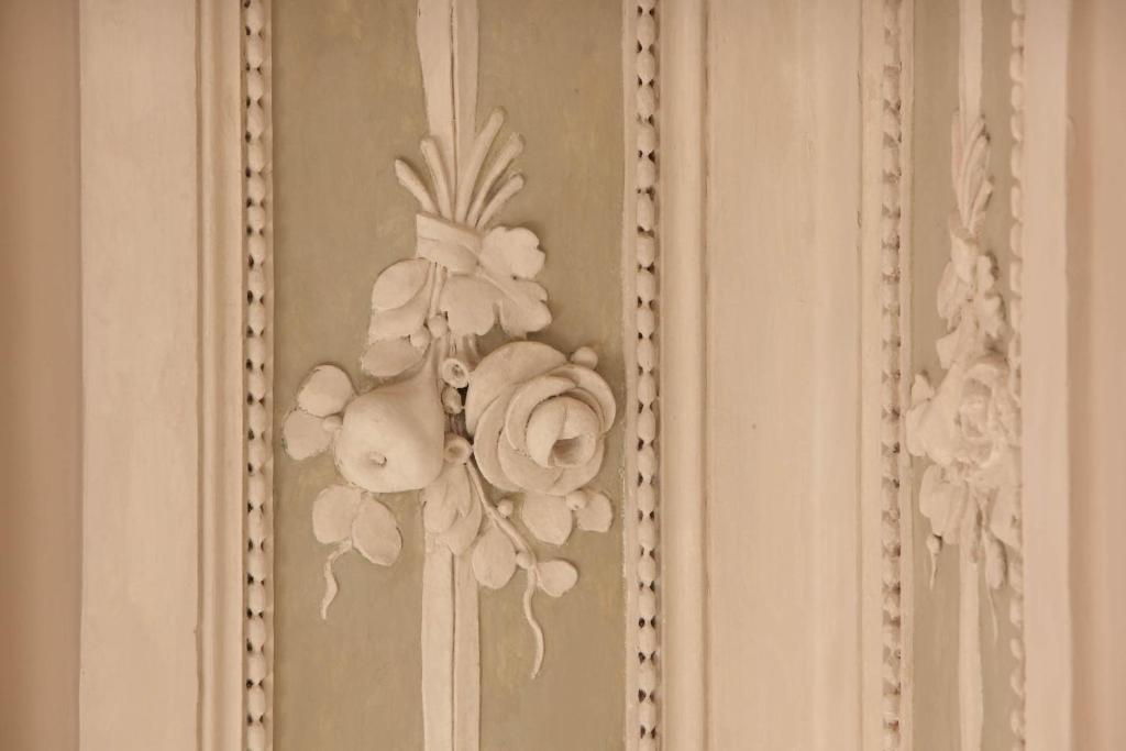 Hotel le nuvole residenza d 39 epoca genova prenotazione - Decorazioni pittoriche ...