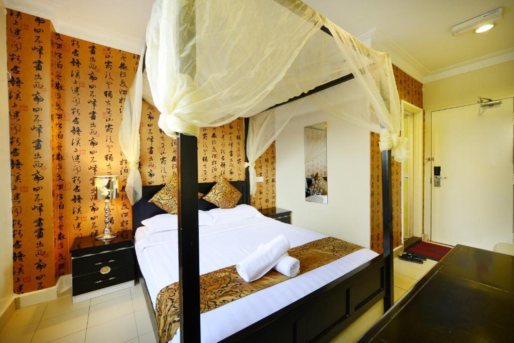 Hotel de Art @ Section 7 (formerly Hotel de ART) 3, Jalan Kristal ...