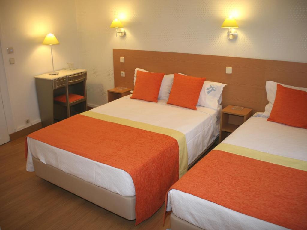 estrela dos anjos chambres d 39 h tes lisbonne. Black Bedroom Furniture Sets. Home Design Ideas