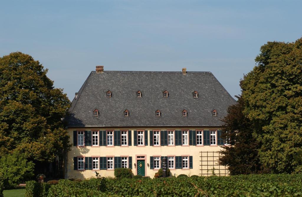 Maus Heidesheim landgasthaus sandhof mainz a michelin guide restaurant