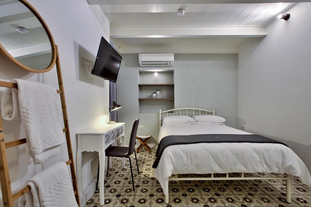 Chateau La Vallette St Elmo Suite Bed Breakfast Valletta