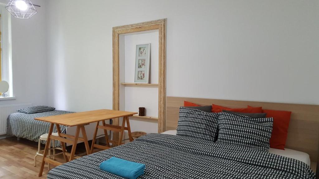Cool Bedrooms Katowice Homestays Katowice