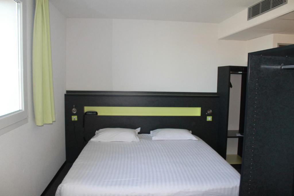b b h tel b thune bruay la buissi re r servation gratuite sur viamichelin. Black Bedroom Furniture Sets. Home Design Ideas