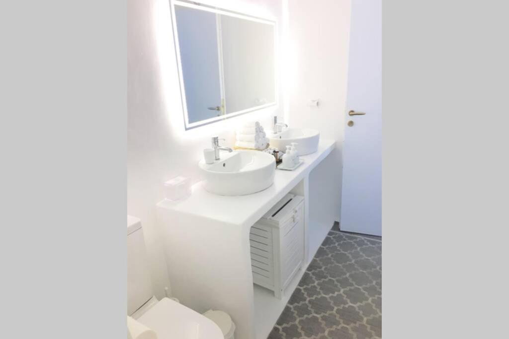 Antique Newly Refurbished Maisonette In The Heart Of Mykonos Town Apartment Mykonos