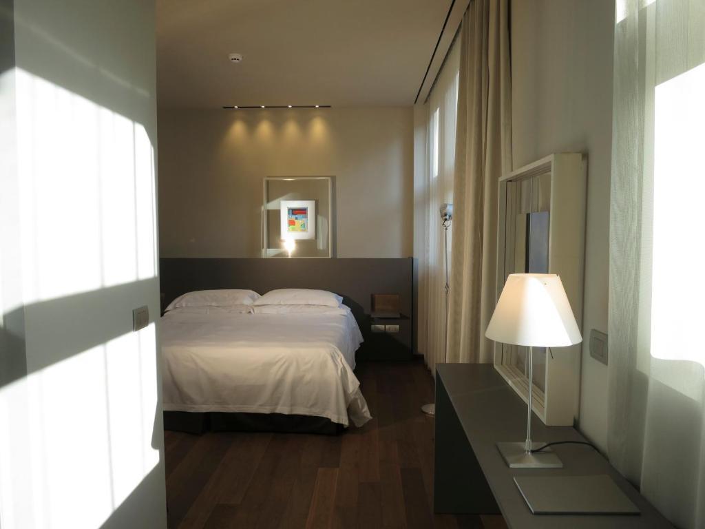 Posta design hotel r servation gratuite sur viamichelin for Design hotel como