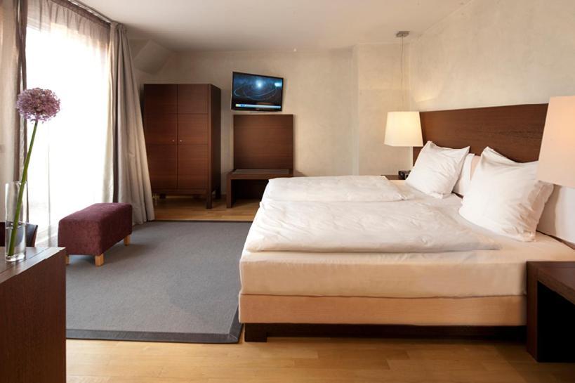 Citta tr ffel hotel wiesbaden online booking viamichelin for Designhotel wiesbaden