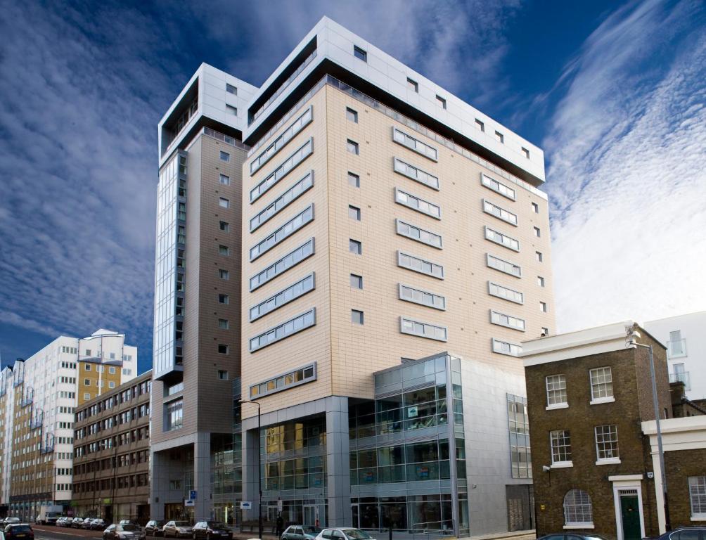 Marlin Aldgate Tower Bridge (formerly Marlin Apartments Aldgate) 58  Commercial Road, Aldgate London