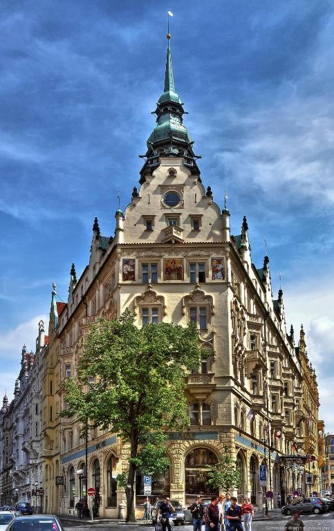 Hotel paris prague r servation gratuite sur viamichelin for Reservation hotel gratuite paris