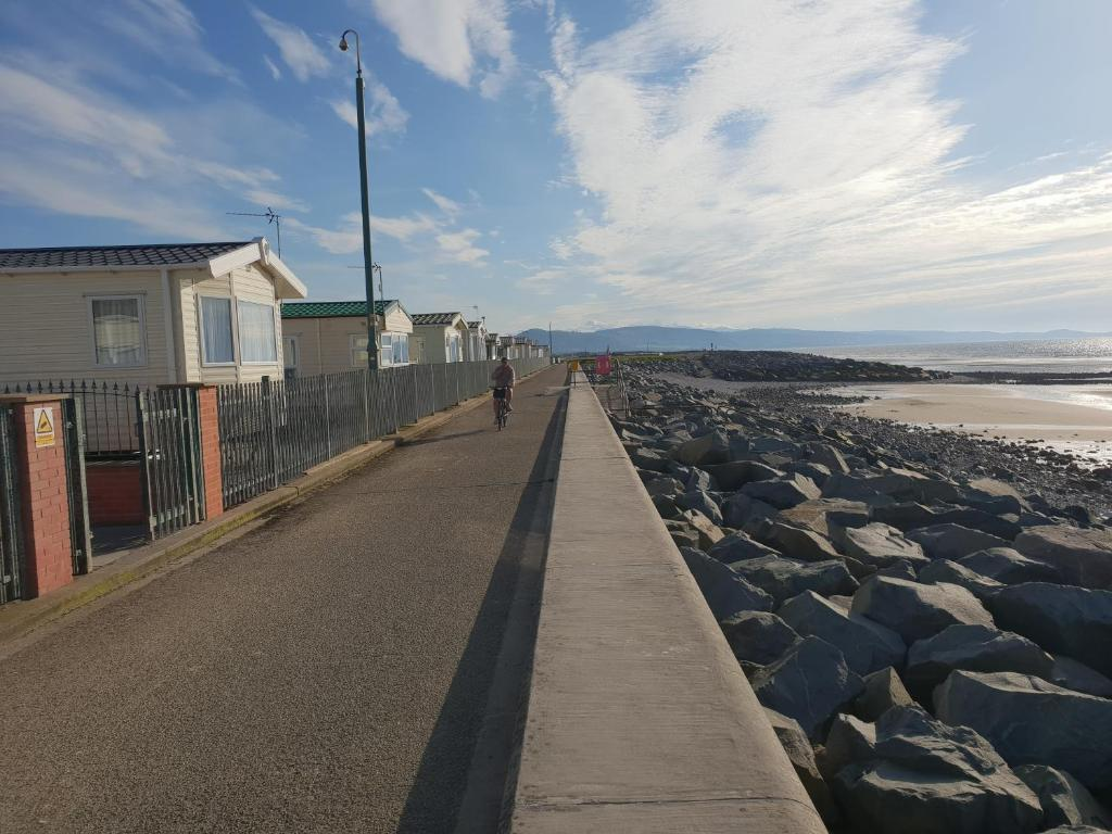 Golden sands Rhyl - List of best holiday parks in the UK