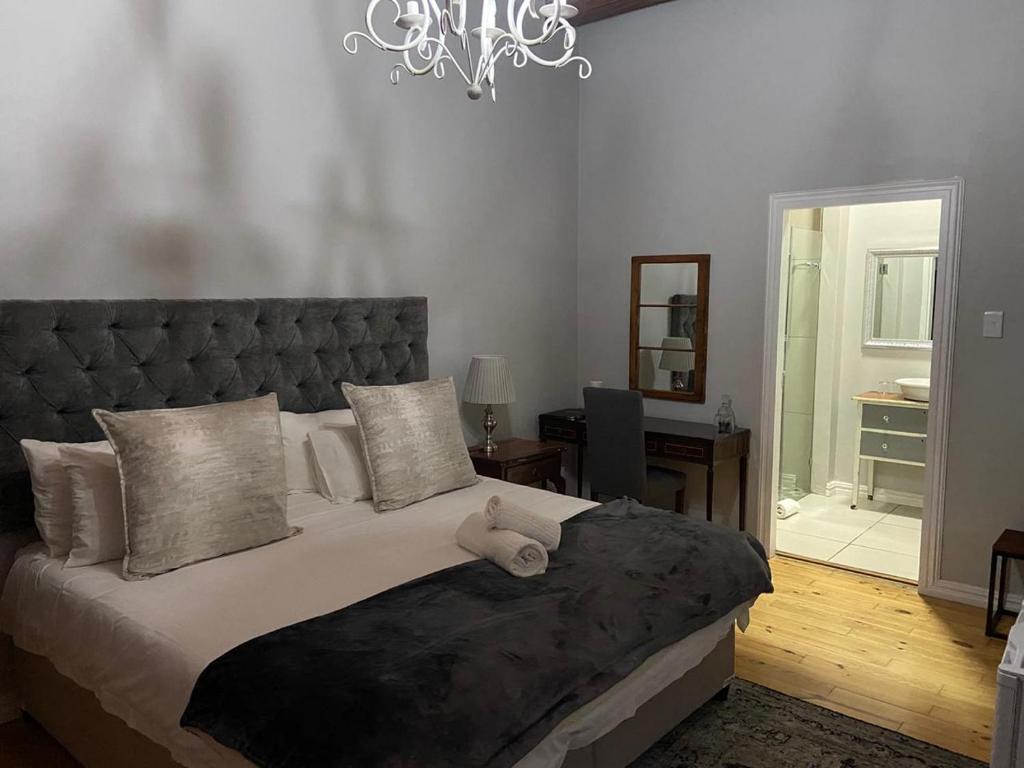 Olive Tree Lodge Bed Breakfast Paarl