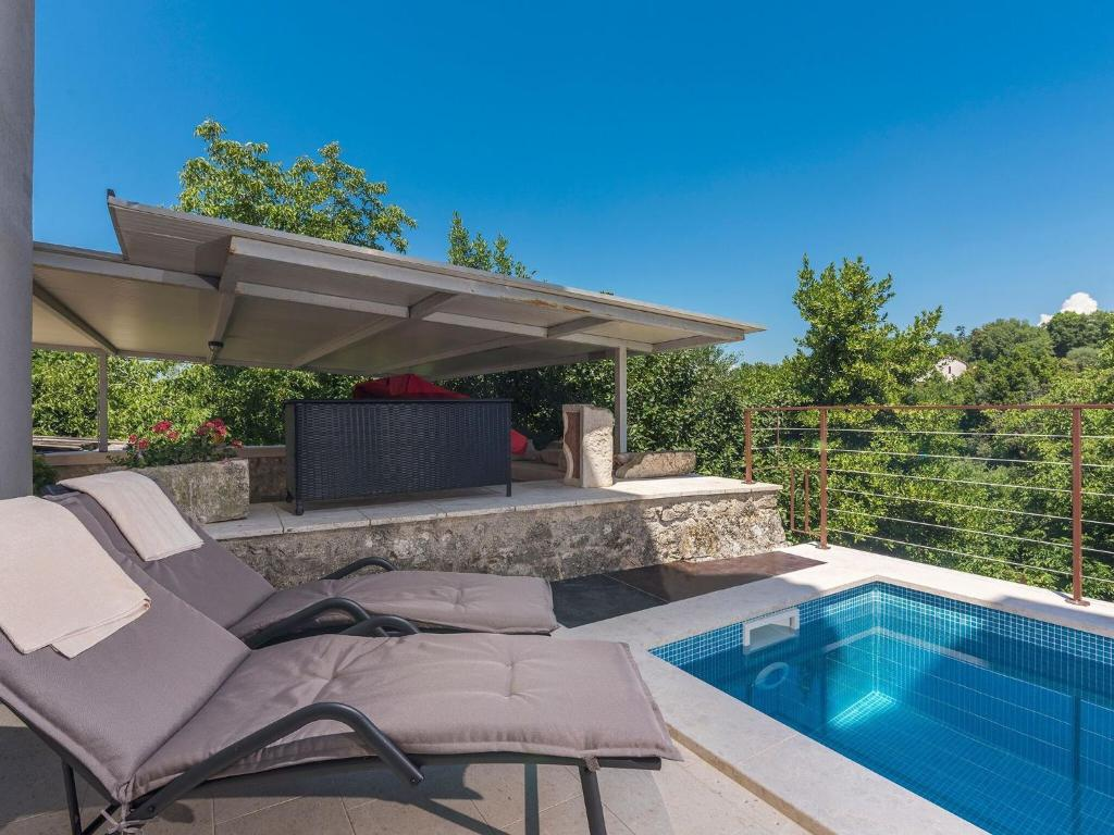 Holiday House With Small Swimming Pool And Grill Terrace In An Idyllic Location Holiday Home Pićan