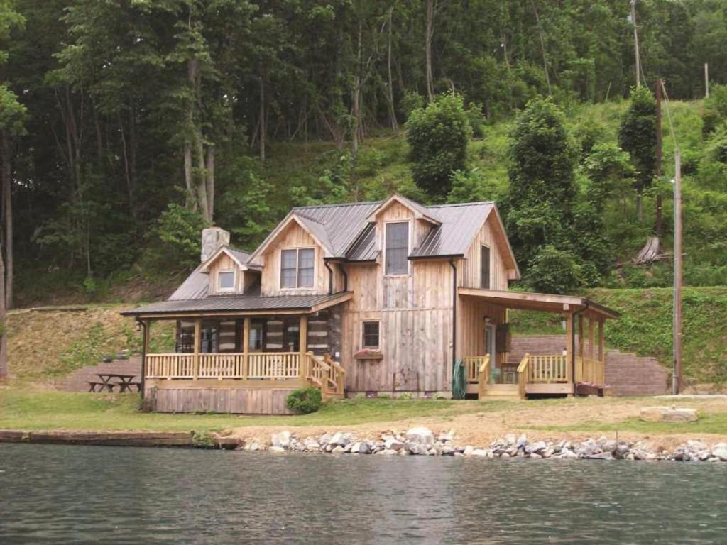 Kirkner Lake Cabin, Ferienhaus Hiwassee