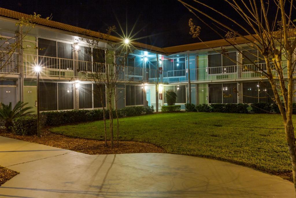 zasznurować najlepsze trampki cienie Champions World Resort, Holiday residences Kissimmee