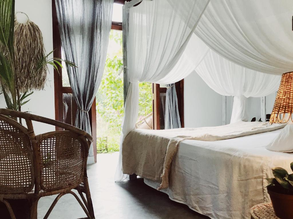 The Lake House Bed Breakfast Ahangama