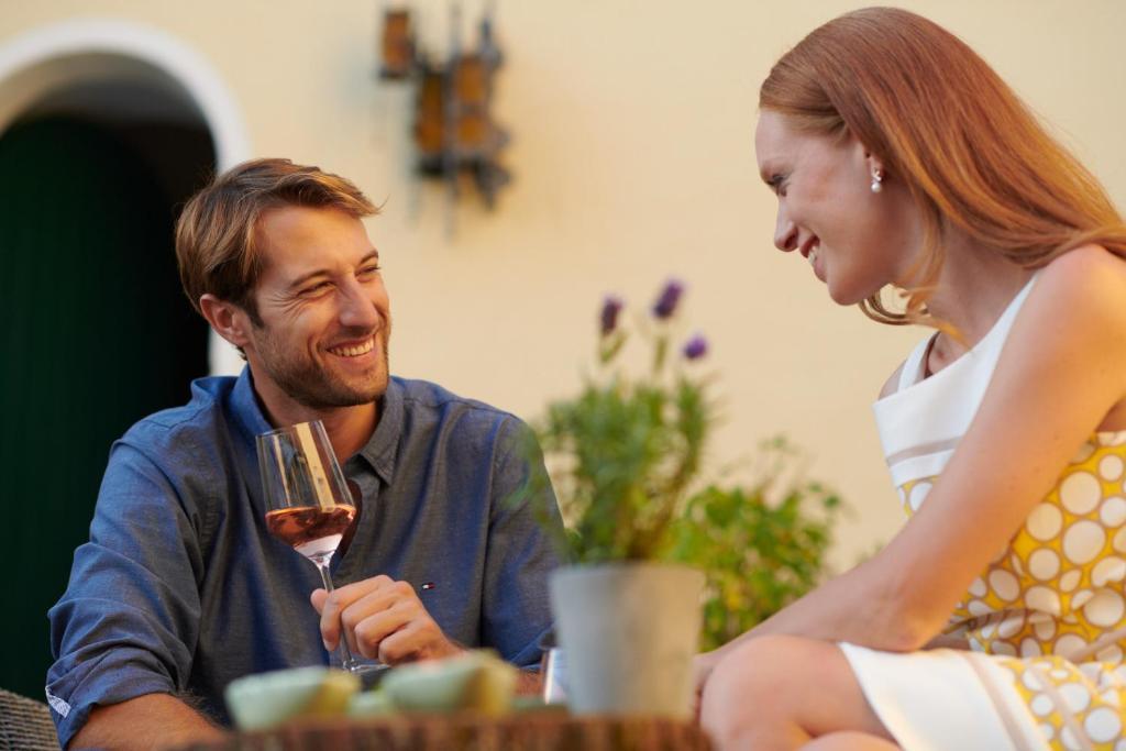 jakobsberg online dating