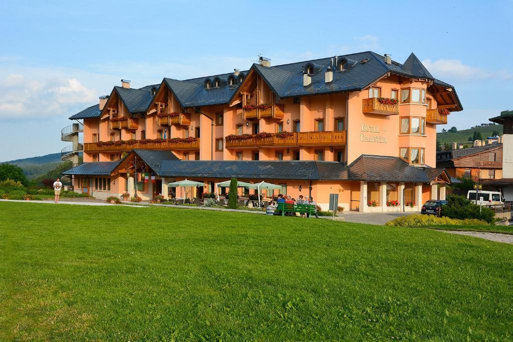 Gaarten hotel benessere spa asiago reserva tu hotel con for Hotel asiago con piscina
