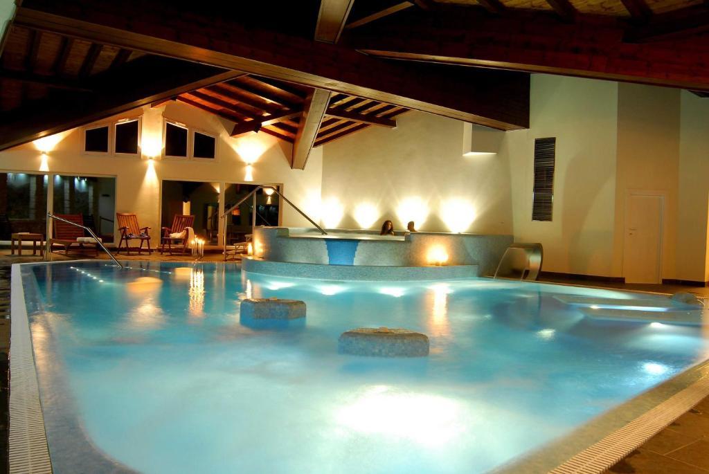 Gaarten hotel benessere spa gallio prenotazione on for Alberghi centro asiago