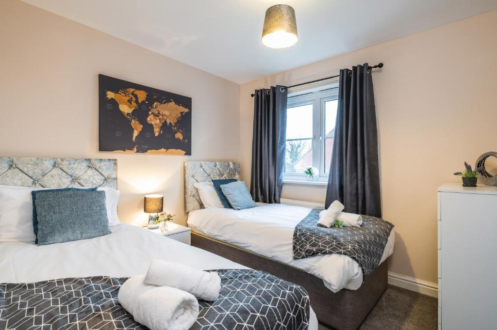 Large Contractor- FREE Parking by ComfyWorkers, Apartment Peterborough