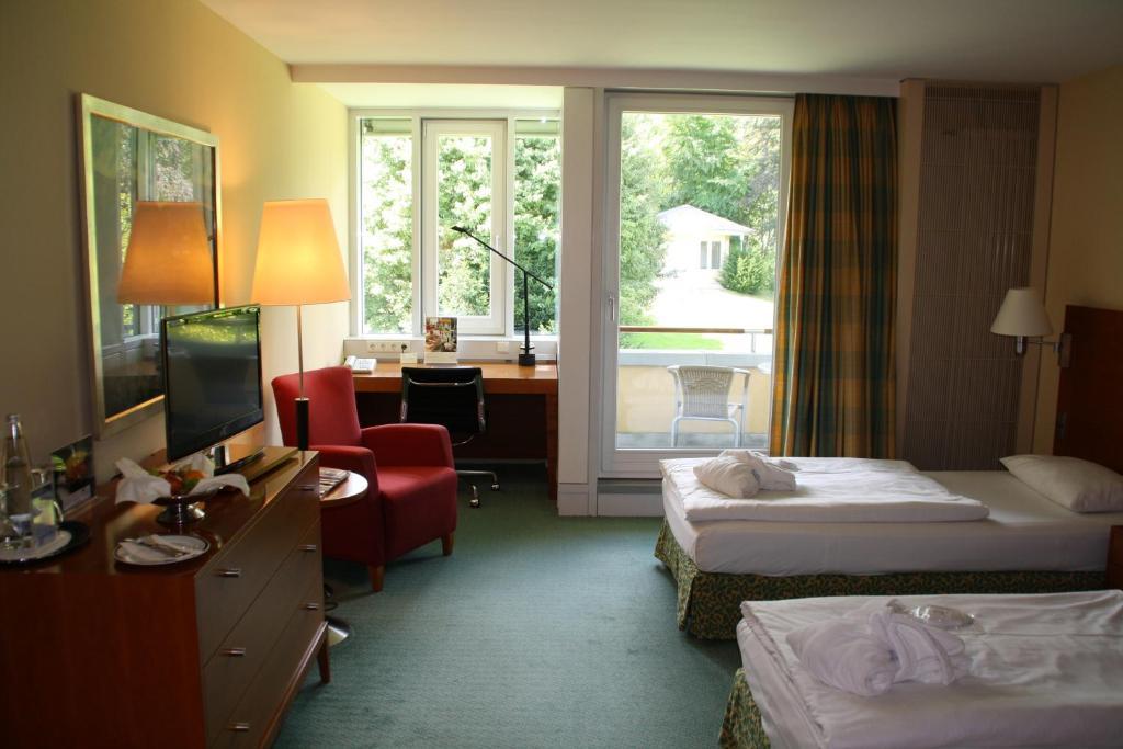 hotel residence starnberger see feldafing informationen und buchungen online viamichelin. Black Bedroom Furniture Sets. Home Design Ideas