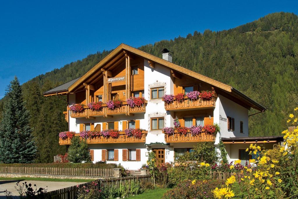 Residence Alpenrose Appartamenti Nei Rasun Di Sopra Trentino Alto