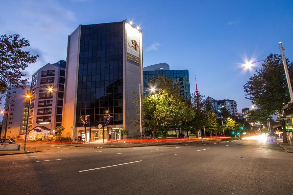 Vr Queen Street Hotel Amp Suites Auckland Book Your