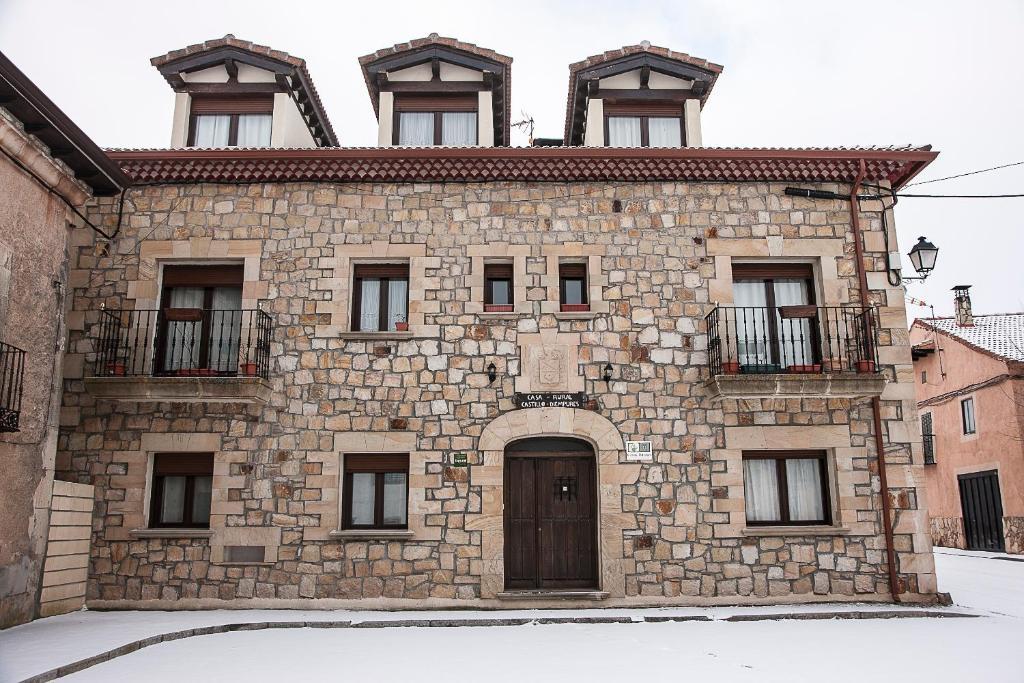 Casa rural castillo diempures riaza online booking - Casa rural riaza ...