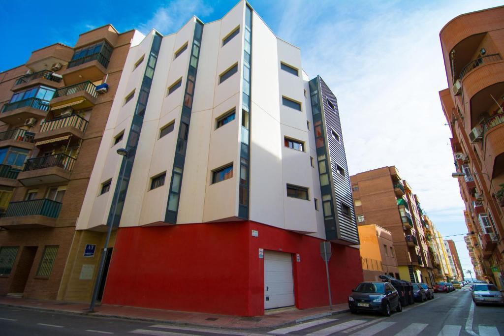 Apartamentos 16 9 playa suites almer a online booking viamichelin - Apartamentos almeria ...