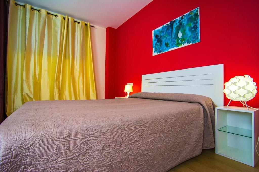 Apartamentos 16 9 playa suites almer a reserva tu hotel con viamichelin - Apartamentos argar almeria ...