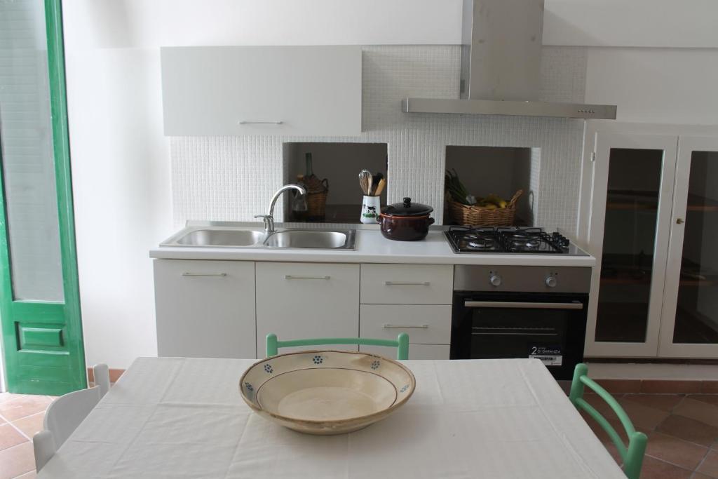 Lo Studio Camilla S Guesthouse Holiday Home Morciano Di Leuca
