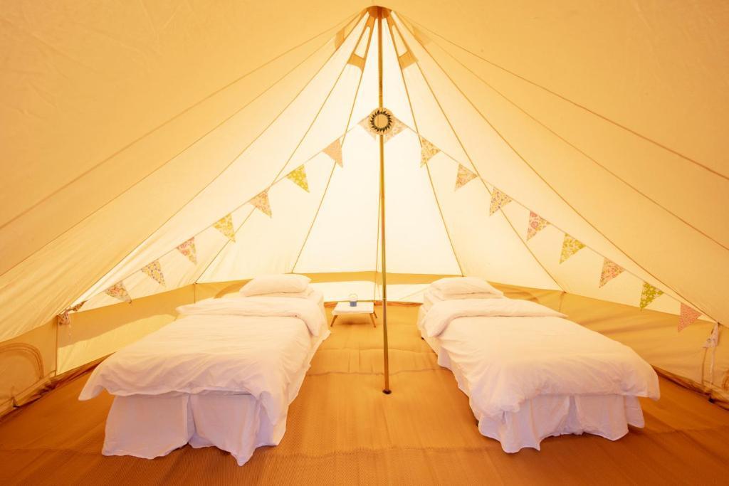 Upton Downs Burford Boutique Camping Rentals Burford
