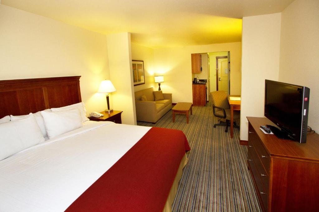 Turlock Hotel Room