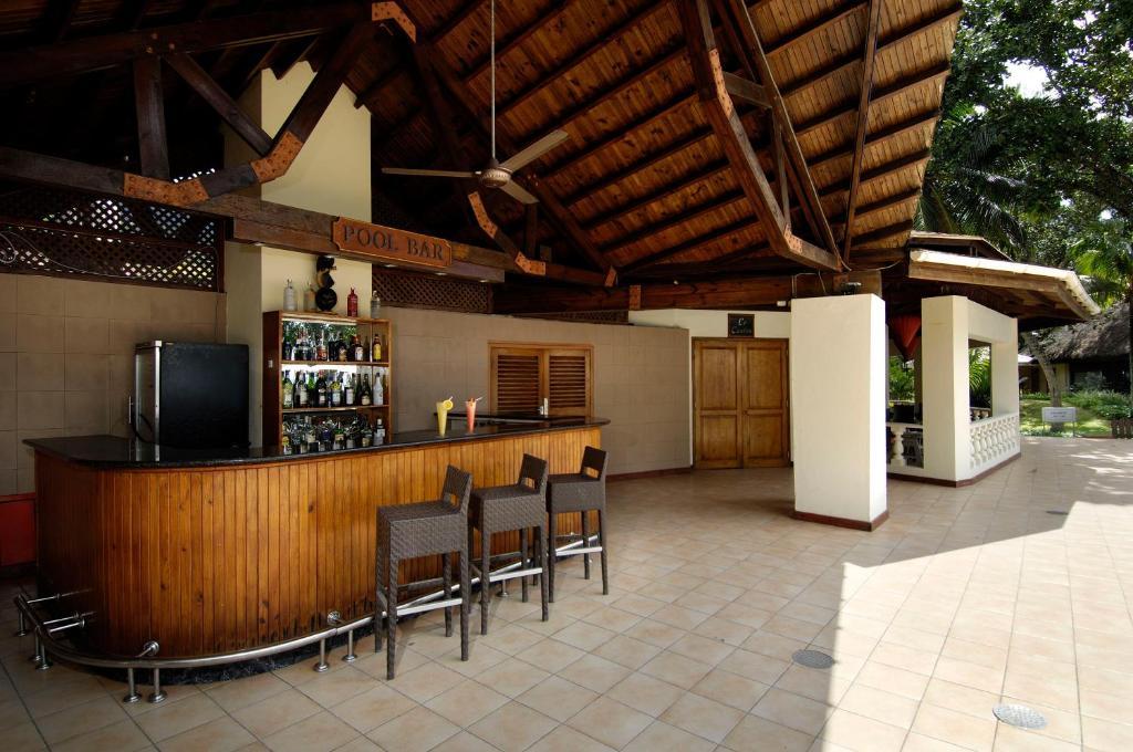 Berjaya Beau Vallon Bay Resort & Casino, Résidences de tourisme Beau ...