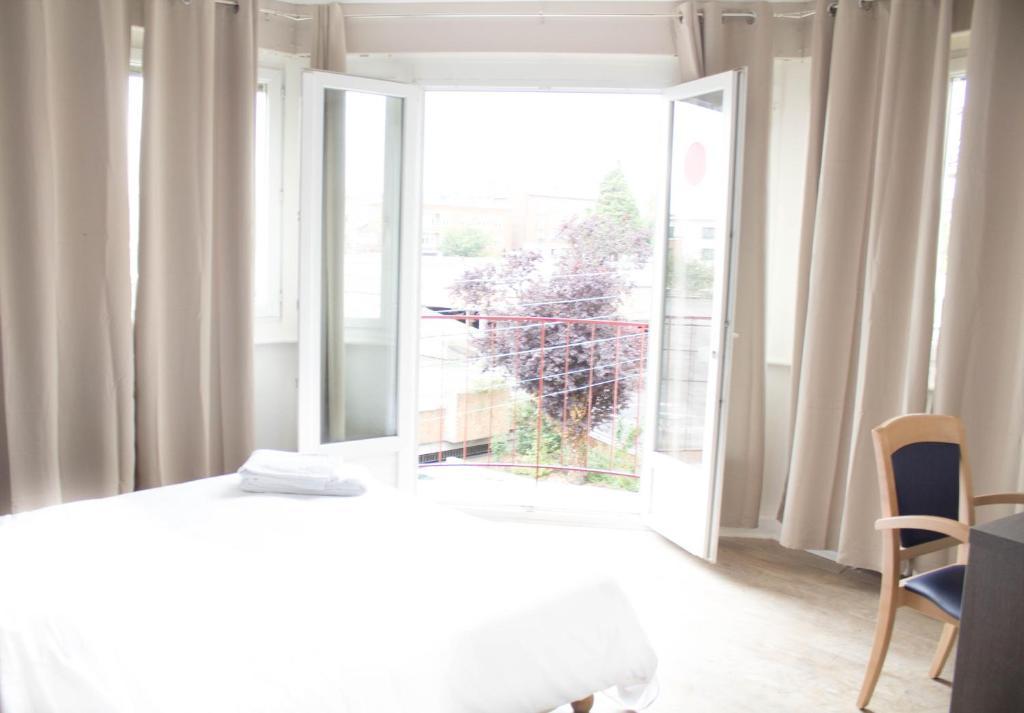 hotel le jardin lens viamichelin informatie en online reserveren. Black Bedroom Furniture Sets. Home Design Ideas