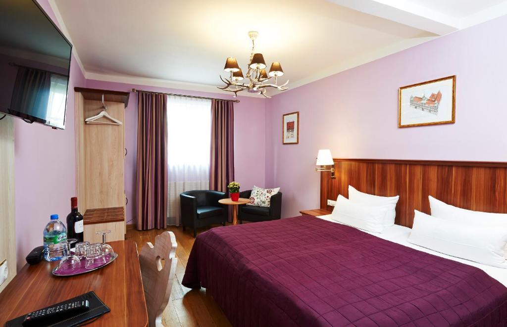 hotel elch n rnberg viamichelin informatie en online reserveren. Black Bedroom Furniture Sets. Home Design Ideas