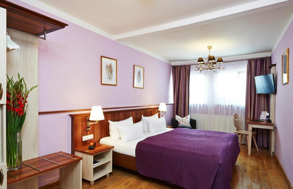 hotel elch n rnberg informationen und buchungen online viamichelin. Black Bedroom Furniture Sets. Home Design Ideas
