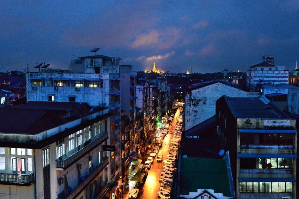 Grand United Hotel Yangon