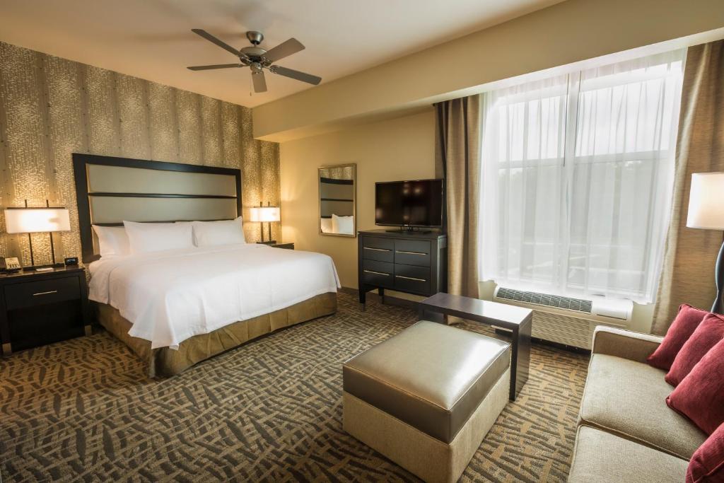 Hotels In Ballantyne Area