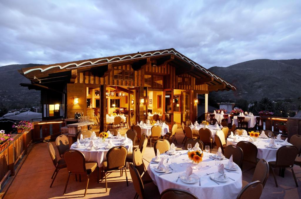Mountain chalet aspen aspen prenotazione on line for Noleggio cabina sci da aspen colorado